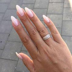 Almond Nails Natural, Long Almond Nails, Almond Acrylic Nails, Almond Shape Nails, Almond Nails French, Almond Nails Pink, Nails Shape, Almond Nail Art, Hair And Nails