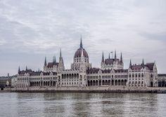 #budapest #hungary #madarsko #city #parlament #clouds #nikon #d7200
