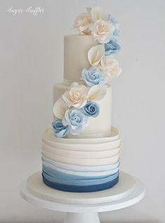 Big Wedding Cakes, Amazing Wedding Cakes, Wedding Cake Designs, Geometric Cake, Quinceanera Cakes, Cake Table Decorations, Blue Cakes, Dusty Blue Weddings, Wedding Cake Inspiration
