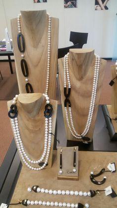 Coco'...gioielli in ebano e perle!