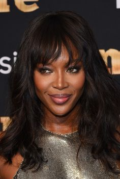 Ditch the Beanie This Winter and Try These 5 Easy Hairstyles Haircuts to Try this Winter: Naomi Campbell's textured fringe Naomi Campbell, Winter Hairstyles, Hairstyles Haircuts, Top Models, Irina Shayk, Claudia Schiffer, Adriana Lima, Bobbed Hairstyles With Fringe, Photo Star