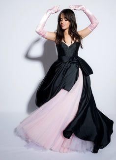 Camila Cabello poses for a portrait at the American Music Awards at. Mtv Video Music Award, American Music Awards, Fifth Harmony 2012, Poses, Female Singers, Woman Crush, Rihanna, Ideias Fashion, Girly