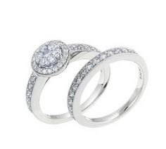 Engagement Ring Sets  http://www.stylisheve.com/celtic-engagement-rings/
