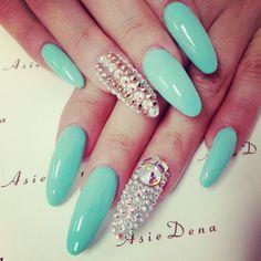 #asiedena#sandiego#swarosky#bling#swag#gelcolor#lovenails#almond