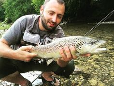 @oholidzo With a nice #trout taken on the #sunrayflyfish #microthinflyline #flyfishing