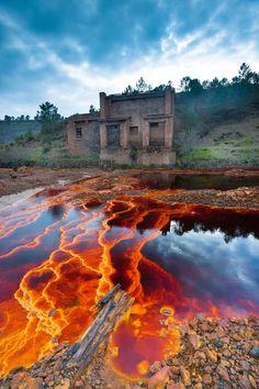 travelingcolors:  Río Tinto, Huelva   Spain (by Fran Ojeda)