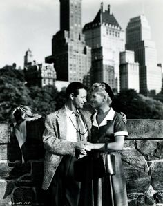 """NYC. Manhattan. Jack Lemmon & Judy Holliday in """"It Should Happen to You"""" (George Cukor, 1954)"""