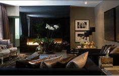 Home Decoration For Halloween Dark Living Rooms, Home And Living, Living Room Decor, Modern Living, Luxury Interior Design, Interior Styling, Interior And Exterior, Tadelakt, Living Styles
