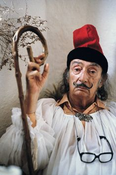 Salvador Dali, Cadaqués, Spanien 1979 - Robert Lebeck - pictures, photography, photo art online at LUMAS