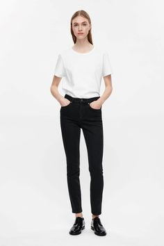 COS | Slim-fit cropped jeans
