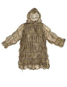 This parka made of seal intestine is waterproof and was probably used for hunting in kayaks in the In the Arctic, Alaska, Yup'ik or Inupiat, the making of clothing was the greatest survival art and seamstresses were a vital part of the community. Antique Clothing, Historical Clothing, 20th Century Fashion, Indigenous Art, Parka Coat, Folk Costume, National Museum, First Nations, Fashion History