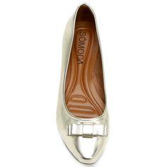 Compre Sapatilha Somoda Bico Fino Laço  Dourado na Zattini a nova loja de moda online da Netshoes. Encontre Sapatos, Sandálias, Bolsas e Acessórios. Clique e Confira!