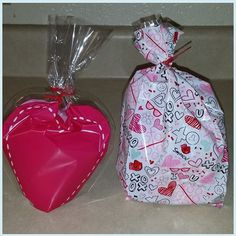 Valentine Gift Bags Includes: Two hair bows, crochet bookmark, lip balm, and a chocolate spoon. $7.00