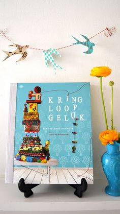 Must have book by Ingthings! Book Crafts, Paper Crafts, Idee Diy, Diy Garland, Vintage Love, Creative Inspiration, Art For Kids, My Books, Diy Projects
