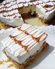 Μπανόφι !!!! ~ ΜΑΓΕΙΡΙΚΗ ΚΑΙ ΣΥΝΤΑΓΕΣ 2 Greek Sweets, Greek Desserts, Cold Desserts, Greek Recipes, Greek Appetizers, Greek Pastries, Cake Recipes, Dessert Recipes, Food Gallery