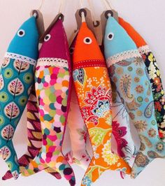 Sewing Gift Handmade traditional Portuguese sardines in fun, contemporary fabrics. Individually sewn, each one is unique - once the carefully chosen fabric is - Fabric Toys, Felt Fabric, Fabric Scraps, Sewing Toys, Sewing Crafts, Sewing Projects, Fabric Fish, Fish Crafts, Contemporary Fabric