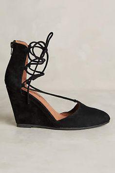 c706ce252d5 271 Best Sleek Shoe Style images in 2019