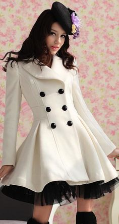 Love this coat for a winter wedding over bridesmaids dresses or just to wear as a coat! Super cute
