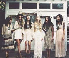 Demoiselles d'honneur boho / hippie chic - Inspiration pour un mariage bohème