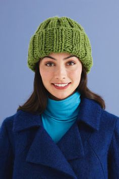 cute knit hat from heavy weight yarn Knitting Projects, Crochet Projects, Michael Store, Love Hat, How To Purl Knit, Yarn Crafts, Knitting Yarn, Sewing Hacks, Knit Crochet