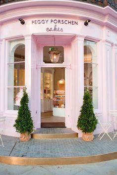Ruta por Londres: Peggy Porschen Cakes - Whole Kitchen Restaurant Interior Design, Cafe Interior, Peggy Porschen Cakes, Cute Store, Cupcake Shops, Shop Fronts, Cafe Restaurant, Store Design, Cake Shop Design