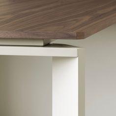MV, Design office furniture