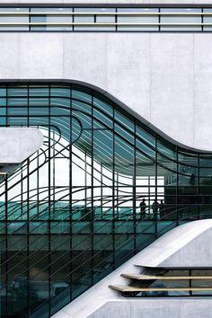 Pierres vives à Montpellier - Architecture de Zaha Hadid