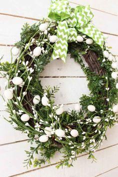 Five-Minute DIY Spring Wreathwomansday
