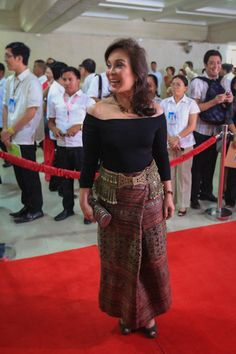 Loren Legarda wears a Nabal abaca cloth turned into a skirt during President Aquino's 2013 State of the Nation Address. Photo by Rem Zamora, ABS-CBNnews.com
