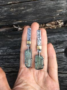 Every day, millions of people shop for jewelry. Jewelry is popular among all age groups and genders. Though many people buy jewelry Stone Jewelry, Metal Jewelry, Jewelry Art, Unique Jewelry, Silver Jewelry, Jewelry Accessories, Jewelry Design, Earrings Handmade, Women's Earrings