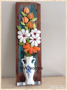 Resultado de imagem para Mosaic dog by Solange Piffer Sea Glass Mosaic, Mosaic Tray, Mirror Mosaic, Mosaic Wall Art, Mosaic Tiles, Mosaics, Mosaic Flowers, Ceramic Flowers, Mosaic Crafts
