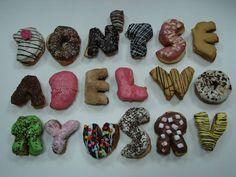 Donutbuchstaben online bestellen http://www.darrysdonuts.de/unsere-donuts-produkte/balls-gefuelllt-donut-bestellen/donutbuchstaben-donuts-buchstaben-zahlen