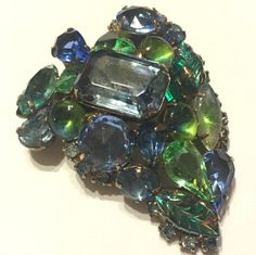 Vintage Beautiful Schreiner Dome Brooch by VintageGemsAndPurls