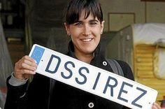 """Territorio erótico. Desde hace algunas semanas se desarrolla en Donostia la iniciativa DSSirez, impulsada por Donostia 2016 para mostrar que el erotismo y el deseo están en todas las personas y en cualquier parte, a través de talleres de seducción, proyectos """"liberadores"""" y una caravana en la que contar los deseos. Marta Esnaola   Noticias de Gipuzkoa, 2016-10-24 http://www.noticiasdegipuzkoa.com/2016/10/24/ocio-y-cultura/territorio-erotico"""