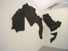 Tema 3. Marwan Rechmaoui, Untitled 22 (The Arab World), 2005.