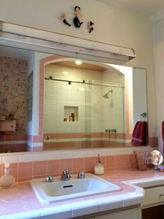 Read more: Nanette & Jim's Mamie pink bathroom - built from scratch - to look like it's always been there - Retro Renovation