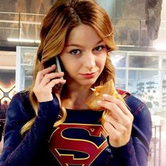 Find images and videos about Supergirl, melissa benoist and kara danvers on We Heart It - the app to get lost in what you love. Melissa Marie Benoist, Supergirl Superman, Supergirl And Flash, Supergirl 2015, The Flash, Dc Comics Peliculas, Kara Kent, Melissa Supergirl, Science Fiction