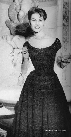 Vintage 1950s Vogue Bridal or Evening 2 door OriginalsByMissJulia, $3.50