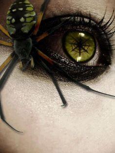 Spider Eye make-upand accessory