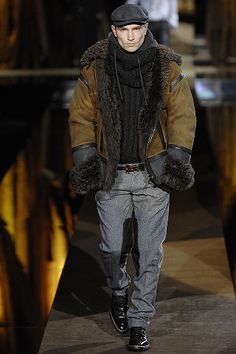 #jacket #sweater #glove #boots #scarf  #cap #fall/winter #leather #fur #black #gray #brown #dolce&gabbana