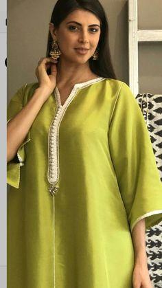 c85a9f50a7a65c African Print Fashion, Fashion Prints, Arabic Dress, Afghan Dresses,  Moroccan Dress,