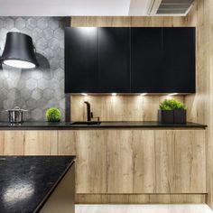 Trendy 2018: drewno w kuchni. 20 pięknych zdjęć