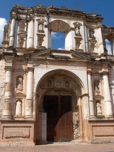 Ruinas de la Iglesia del Complejo Monumental de la Compañía de Jesús, Antigua Guatemala