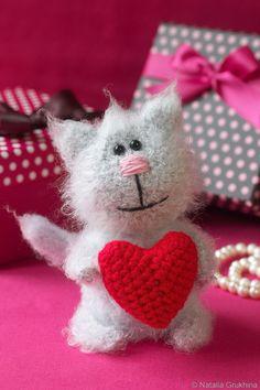 Кот с валентинкой. Обсуждение на LiveInternet - Российский Сервис Онлайн-Дневников