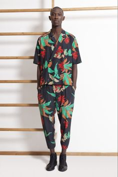tropical suit 2/3-3/4  everything green birds of paradise