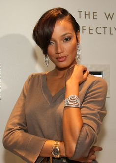 Google Image Result for http://ronemycolumbusmagic.files.wordpress.com/2012/05/selita-ebanks1.jpg