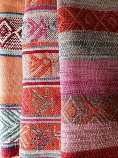 Peruvian Rugs (gasp, so pretty)