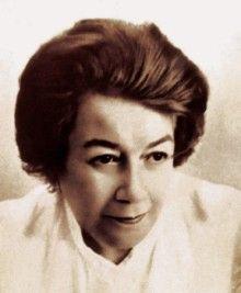 Ana Aslan a pus bazele geriatriei romanesti si a inventat produse revolutionare pentru tratarea afectiunilor specifice batranilor. Linia de cosmetice lansata de ea se bucura inca de un succes international, la fel si tratamentele medicale.