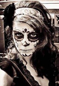 Halloween-Best-Calaveras-Makeup-Sugar-Skull-Ideas-for-Women (14)