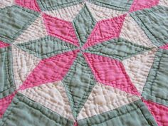 Beautiful Vintage Nile Green Pink White Star of Bethlehem Quilt | eBay